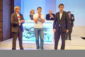 Robert und Sebastian (rechts) bei der Verleihung des Innovationspreises